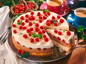Himbeer-Creme-Torte (schnelle Variante) Rezept