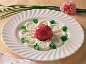 Himbeer-Eis mit Joghurt-Melisse-Soße Rezept