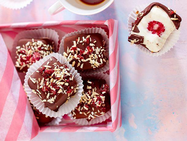 Himbeer-Kokos-Eiskonfekt Rezept