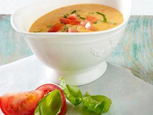 Hollandaise mit Tomaten und Basilikum Rezept