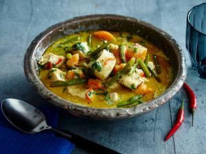 Hühnchencurry mit Süßkartoffeln, Bohnen und Kokosmilch Rezept
