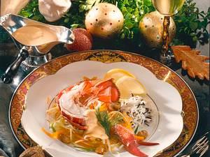 Hummer auf Porree-Möhren-Juliennegemüse Rezept