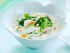 Ingwer-Zitronensuppe mit Huhn Rezept
