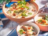 Joghurt-Kraut-Suppe mit Lammhackbällchen Rezept