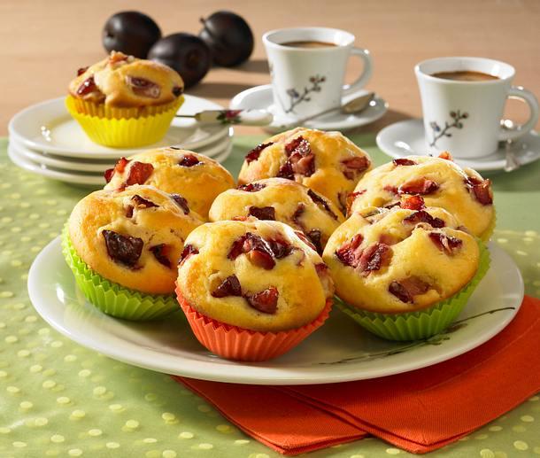 joghurt muffins mit pflaumen rezept lecker. Black Bedroom Furniture Sets. Home Design Ideas