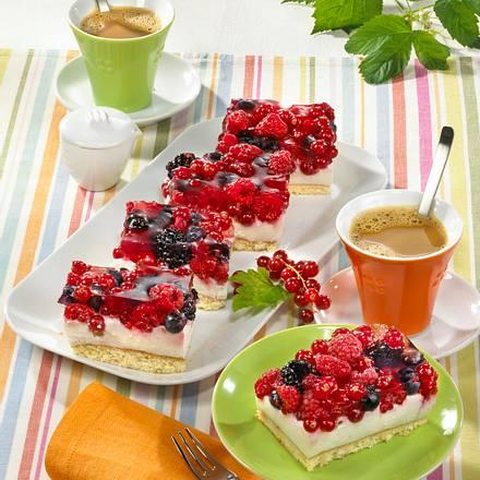 Joghurt-Waldbeer-Schnitten Rezept