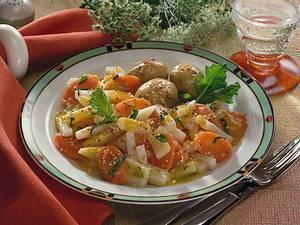 Junges Gemüse in Sesam-Buttersoße Rezept