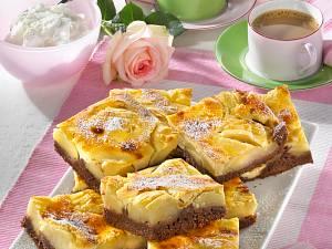Käse-Apfel-Schoko-Schnitten (Guss mit Mascarpone und Puddingpulver) Rezept