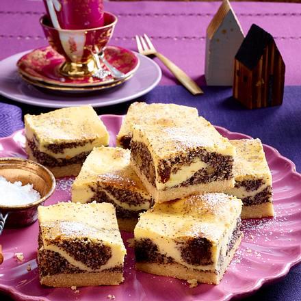 Käse-Mohn-Kuchen mit Spekulatiusboden vom Blech Rezept