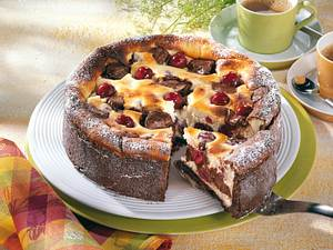 Käse-Nougat-Kirsch-Kuchen Rezept