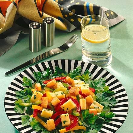 Käse-Paprika-Salat Rezept