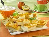 Käsekuchen vom Blech mit Äpfeln Rezept