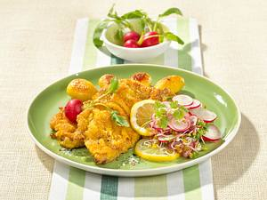 Kalbsschnitzel mit buntem Salat Rezept