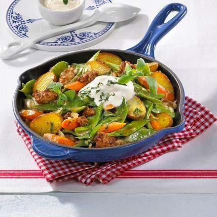 Kartoffel-Bohnen-Pfanne mit Mett  Rezept