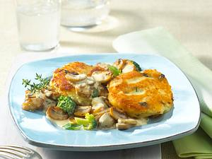 Kartoffel-Buletten mit Broccoli-Pilz-Soße Rezept