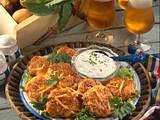 Kartoffel-Frikadellen mit Kräuter-Quark Rezept
