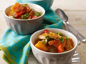 Kartoffel-Gulasch mit Paprika, Zucchini und Austernpilzen Rezept