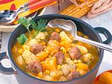 Kartoffel-Kürbis-Topf mit Hackbällchen Rezept