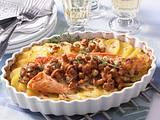 Kartoffel-Lachsgratin mit Rahm-Pfifferlingen Rezept