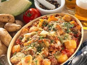 Kartoffel-Mett-Weißkohl-Auflauf Rezept