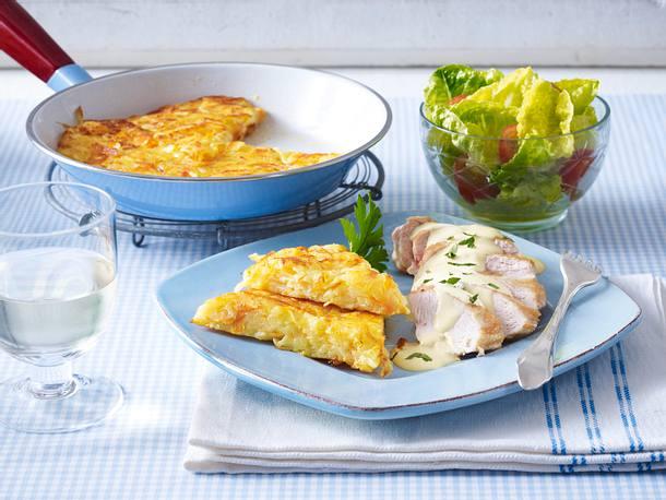 Kartoffel-Möhren-Rösti mit gratiniertem Hähnchenfilet Rezept