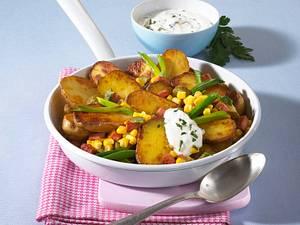 Kartoffel-Pfanne mit Schmand-Dip Rezept