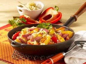 Kartoffel-Wurstpfanne mit Sauerkraut Rezept