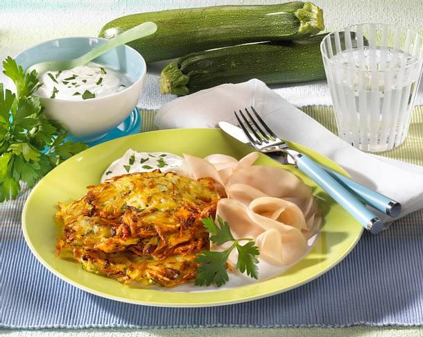 Kartoffel-Zucchini-Puffer mit Petersilien-Quark Rezept