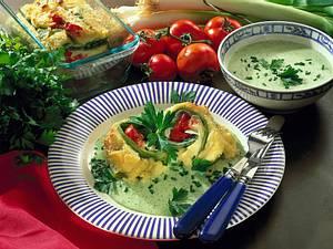 Kartoffelauflauf mit eingebackener Gemüserolle Rezept