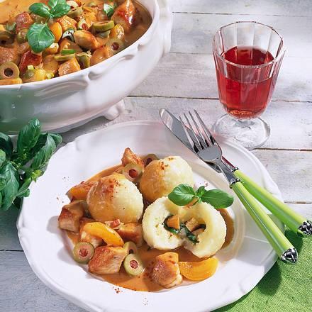 Kartoffelknödel zu süß-saurem Ragout (mit selbstgemachten Croutons) Rezept
