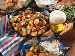 Kartoffelpfanne mit Kräuterquark Rezept