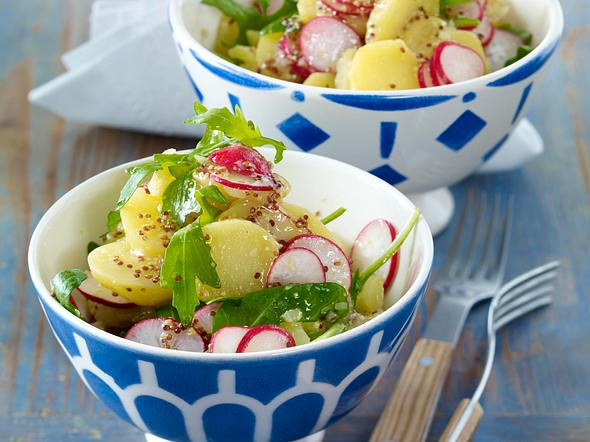 Kartoffelsalat mit Rauke und Senf-Vinaigrette Rezept