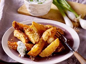 Kartoffelspalten mit Sesam Rezept
