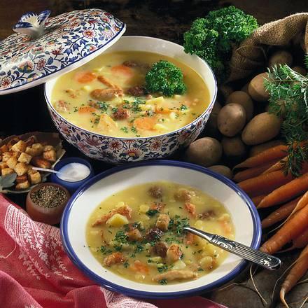 Kartoffelsuppe mit Hähnchenfleisch & Brätklößchen Rezept