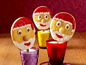 Keks-Weihnachtsmann-Lollis Rezept