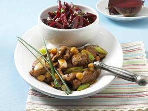 Kichererbsen-Geschnetzeltes mit Rote Bete-Salat (Diät) Rezept
