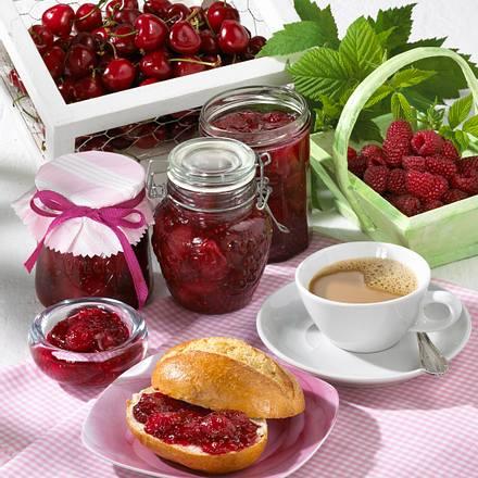 Kirsch-Himbeer-Konfitüre mit Vanille Rezept