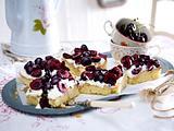 Kirsch-Ricotta-Blechkuchen Rezept