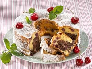 Kirsch-Schoko-Marmorkuchen mit Hermann-Teig Rezept