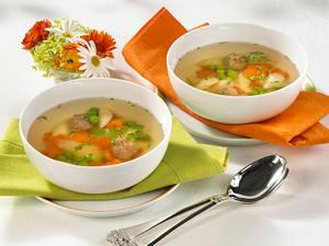 Klare Spargelsuppe mit Fleischklößchen Rezept