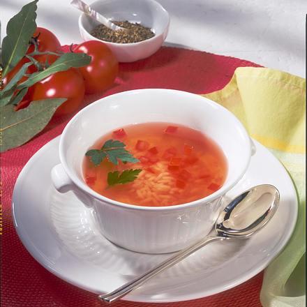 Klare Tomatensuppe mit Reis Rezept