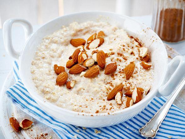 porridge rezepte f r ein gesundes fr hst ck lecker. Black Bedroom Furniture Sets. Home Design Ideas