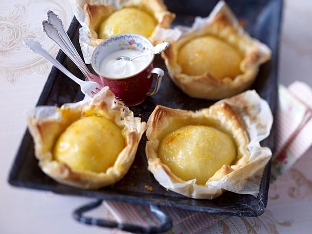 Kleine Blätterteig-Tartes mit Apfel Rezept