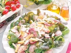 Knackiger Gartensalat Rezept