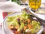 Knackiger Salat mit Speckvinaigrette Rezept