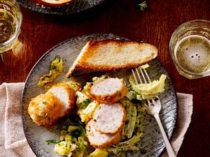 Knusper-Weißwurst mit Rahm-Wirsing Rezept