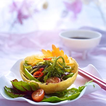 Knusperkörbchen mit Wakame-Gemüse Rezept