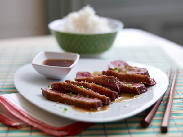 Knusprige Entenbrust mit selbst gemachter Teriyakisoße Rezept