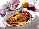 Knusprige Entenbrust zu Orangenrotkohl und Salzkartoffeln Rezept