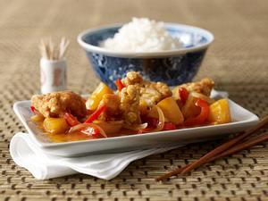 Knusprige Fischstücke süßsauer Rezept